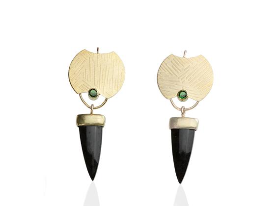 ER–108: Poppy jasper, emerald, 24k, 14k gold, 1½ inches long. SOLD