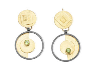 ER–138:Oxidized sterling silver,14,18,24k gold, peridot, 2.0 x 1.0 inches
